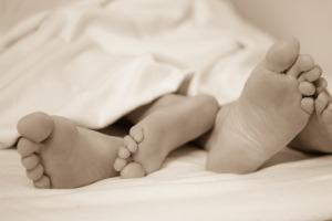 feet-224680_960_720